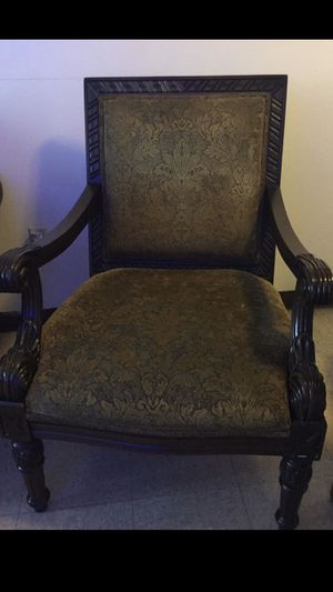 Accent chair for Sale in Ceres, CA