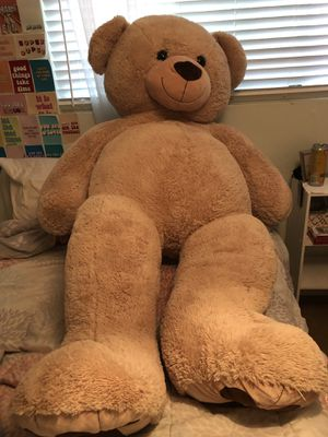 Big Brown Fluffy Bear for Sale in Los Angeles, CA