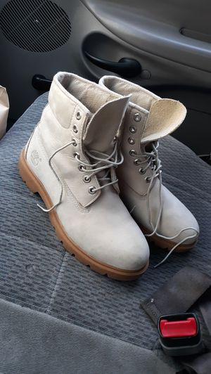 Timberland boots size 8 and 1/2 for Sale in Portland, OR