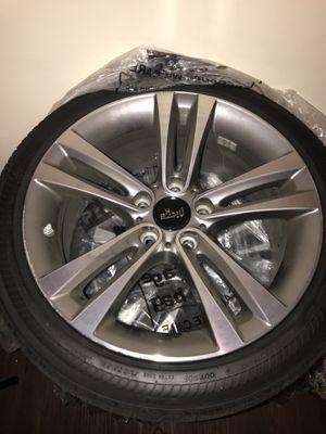 Bridgestone Run Flat rim and tires 225/45RF18 95W for Sale in Orlando, FL