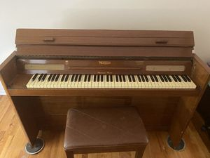 Upright piano for Sale in Shawnee, KS