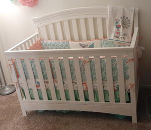 4 in 1 Delta convertible crib like new! for Sale in Fontana, CA