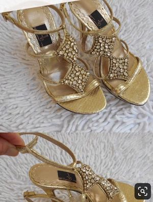 New gold heels platforms Glint brand from Nordstrom's for Sale in Dallas, TX