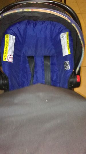 Graco Car Seat And Stroller Set for Sale in Tampa, FL