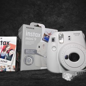 Instax Polaroid Camera for Sale in Las Vegas, NV