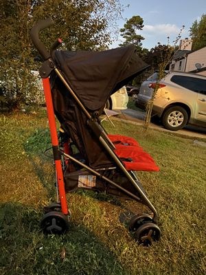 Double stroller for Sale in Duluth, GA