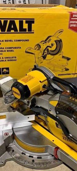 15 Amp 12inc Meter Saw for Sale in Murfreesboro,  TN
