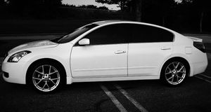 Sedan 2007 Nissan Altima Good condition for Sale in West Valley City, UT