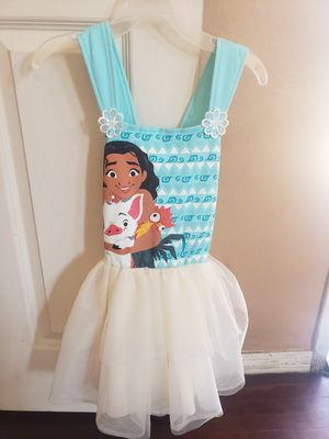 Moana Dress Size 5T for Sale in Commerce, CA