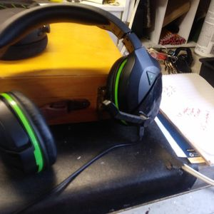 Xbox Turtle One Headphones for Sale in Blacklick, OH