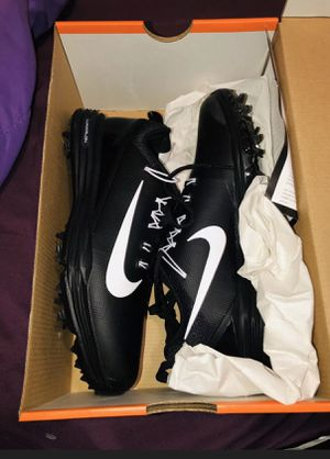 NIKE LUNAR COMMAND 2 Women Golf Shoes Black & White. 880121-001 Size 7.5W for Sale in Zachary, LA