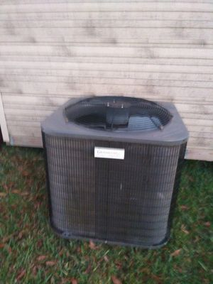 For sale well taken care of AC unit like new for Sale in Lakeland, FL