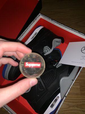 Air Jordan 4 RETRO for Sale in Chicago, IL