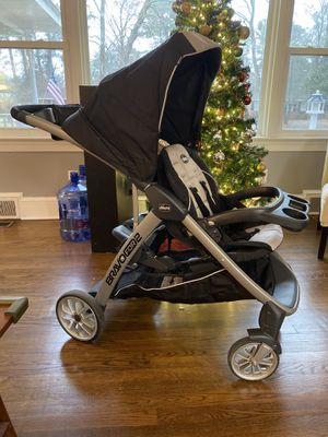 Chicco bravo for two double stroller for Sale in Kinston, NC