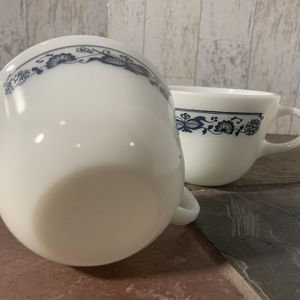Vintage Pyrex Old Town Pattern, Coffee Tea Mug, Set of 2, Pair for Sale in Rushville, OH