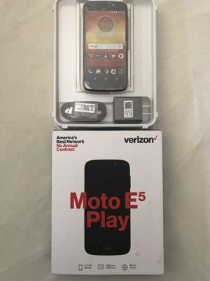 "Motorola E5 Play ""Prepaid"" Smartphone Open Box New Only For Verizon Prepaid Service for Sale in Reedley, CA"