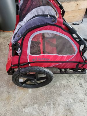 Instep double kid bike trailer for Sale in Redington Shores, FL