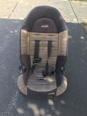 Car seat for Sale in Downers Grove, IL