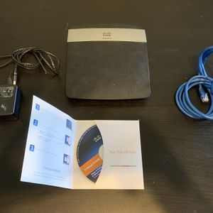 Linksys E2500 Dual Band Wireless Router for Sale in Rancho Palos Verdes, CA