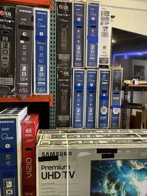HUGE TV SALE ! SMART 4K BRAND NEW ! HUGE SALE TVS SAMSUNG LG SONY VIZIO TCL QLED OLED for Sale in Alhambra, CA