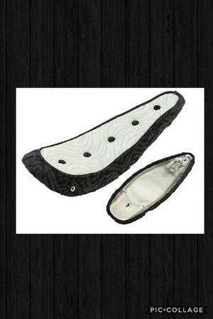 LOWRIDER BICYCLE BLACK/WHITE 5 BUTTON TUCKED BANANA SEAT for Sale in Las Vegas, NV