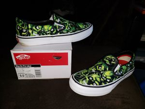 Supreme skull Van's sz9 for Sale in Gresham, OR