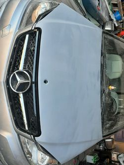 2008-2014 Mercedes Benz Hood C250 C300 C350 for Sale in Puyallup,  WA