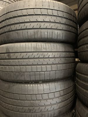 Tires 255-35r22 Goodyear for Sale in Anaheim, CA