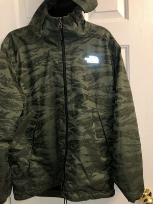 North face jacket for Sale in Boyds, MD