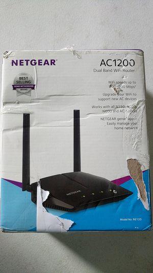 Netgear ac1200 wifi router for Sale in Fort Lauderdale, FL