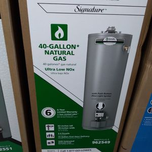 Water Heater 40 Gallons New In Box 📦 for Sale in Fontana, CA
