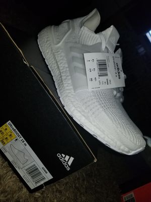 Adidas UltraBoost Size 9 for Sale in Dallas, TX