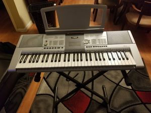 Yamaha keyboard for Sale in New Orleans, LA
