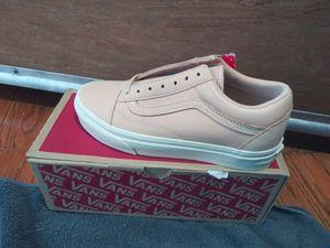 Vans oldskool new leather for Sale in San Bernardino, CA