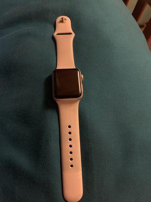 Apple series 3, 38mm for Sale in Dallas City, IL