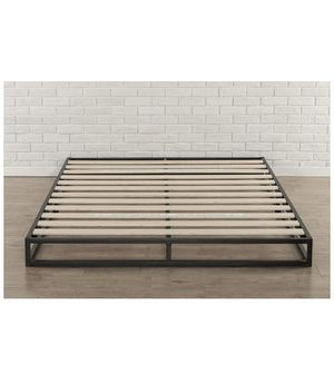 Zinus 6 inch platform bed frame- King for Sale in Rochester, NY