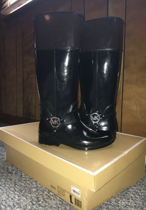 Michael Kors knee-high rain boots for Sale in Greenbrier, TN