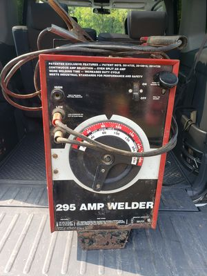 Solar 295amp 220 electric stick welder for Sale in Danville, PA