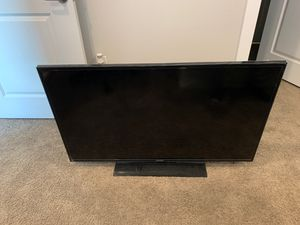 Samsung TV 50 inches for Sale in Louisville, CO