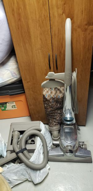 Kirby Sentria Vacuum / Shampooer for Sale in Finleyville, PA
