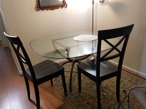 Dinning room table for Sale in Rockville, MD