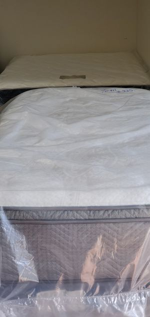 Twin Size Mattress and Boxspring Included for Sale in Orlando, FL