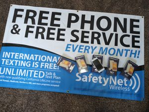 Free phones for Sale in Apple Valley, CA