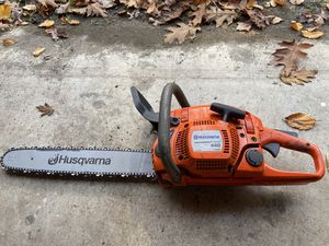 Husqvarna 440E 18-Inch 40.9cc 2.4 HP 2-Cycle Chainsaw for Sale in Saylorsburg, PA