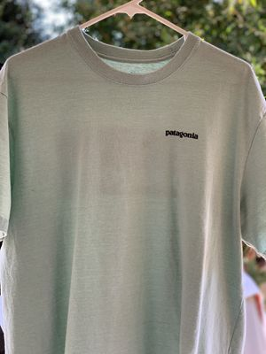 Patagonia T-Shirt for Sale in Midway City, CA