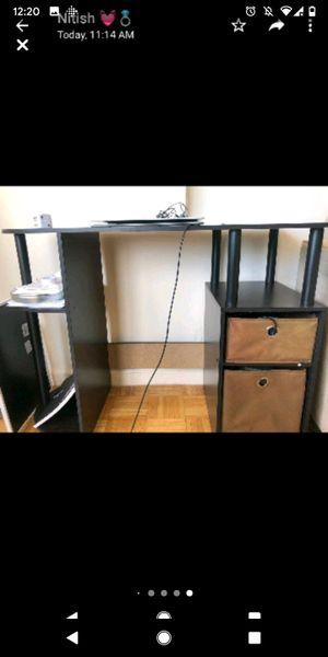 Office/Work desk for Sale in Jersey City, NJ