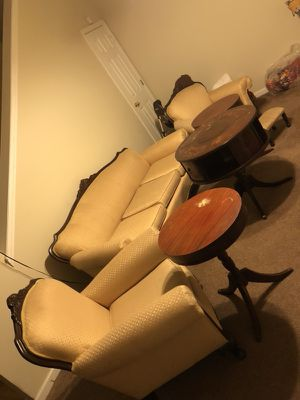 Antique living room furniture..$500 for Sale in Lithonia, GA