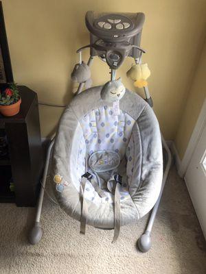 Ingenuity DreamComfort InLighten Cradling Swing for Sale in Frederick, MD