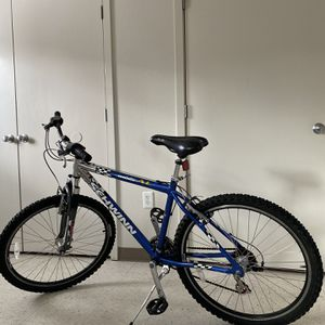 Bike Schwinn ridge aluminum 26x for Sale in Tacoma, WA
