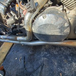 honda vtx 1300 parts 05 good engine as is or parts out good pipes $ 900 as is or engine 700 pipes 200 wheels 180 and more parts have key also no for Sale in Miami, FL